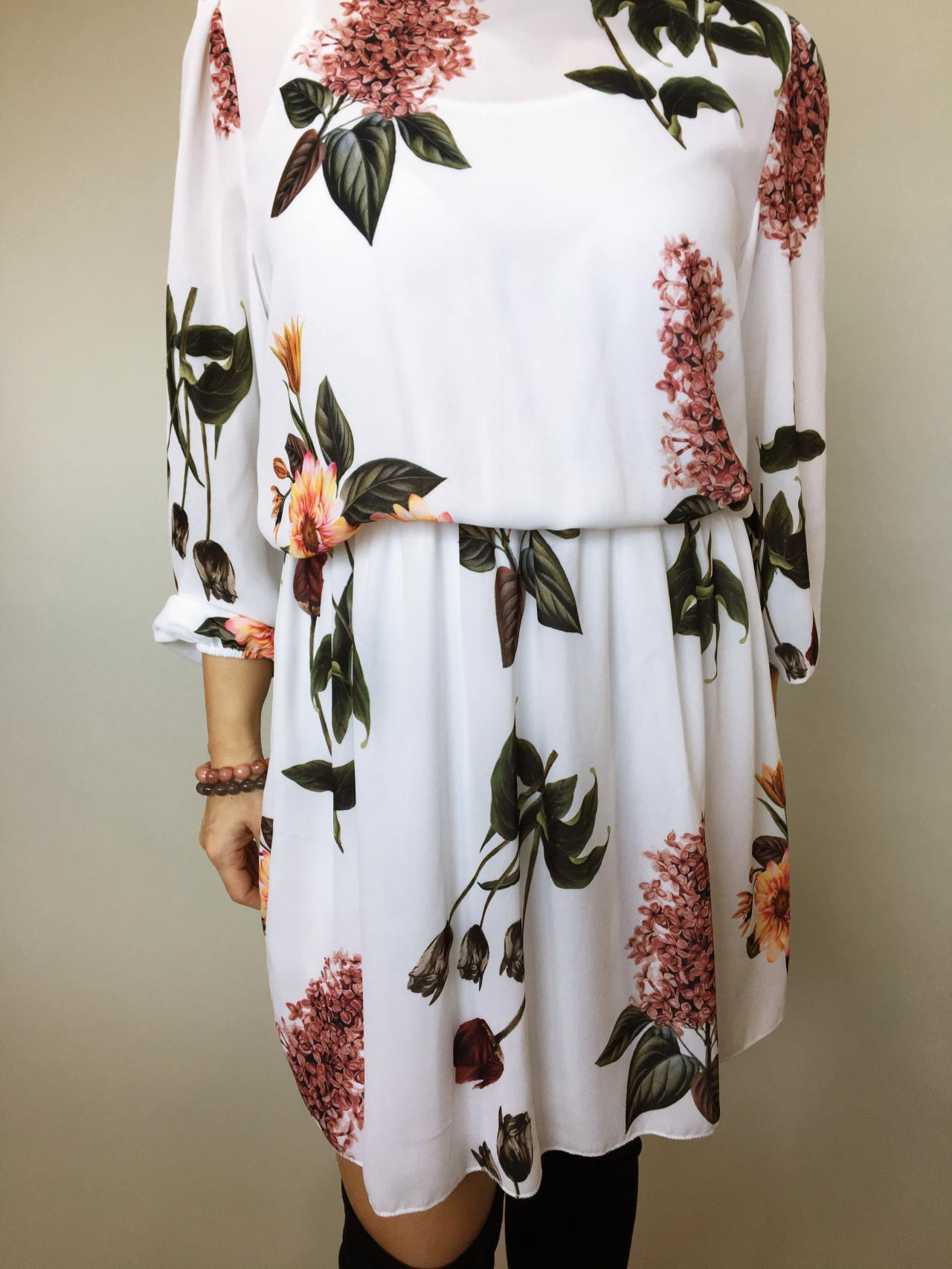 Elegantní šaty s květy 02