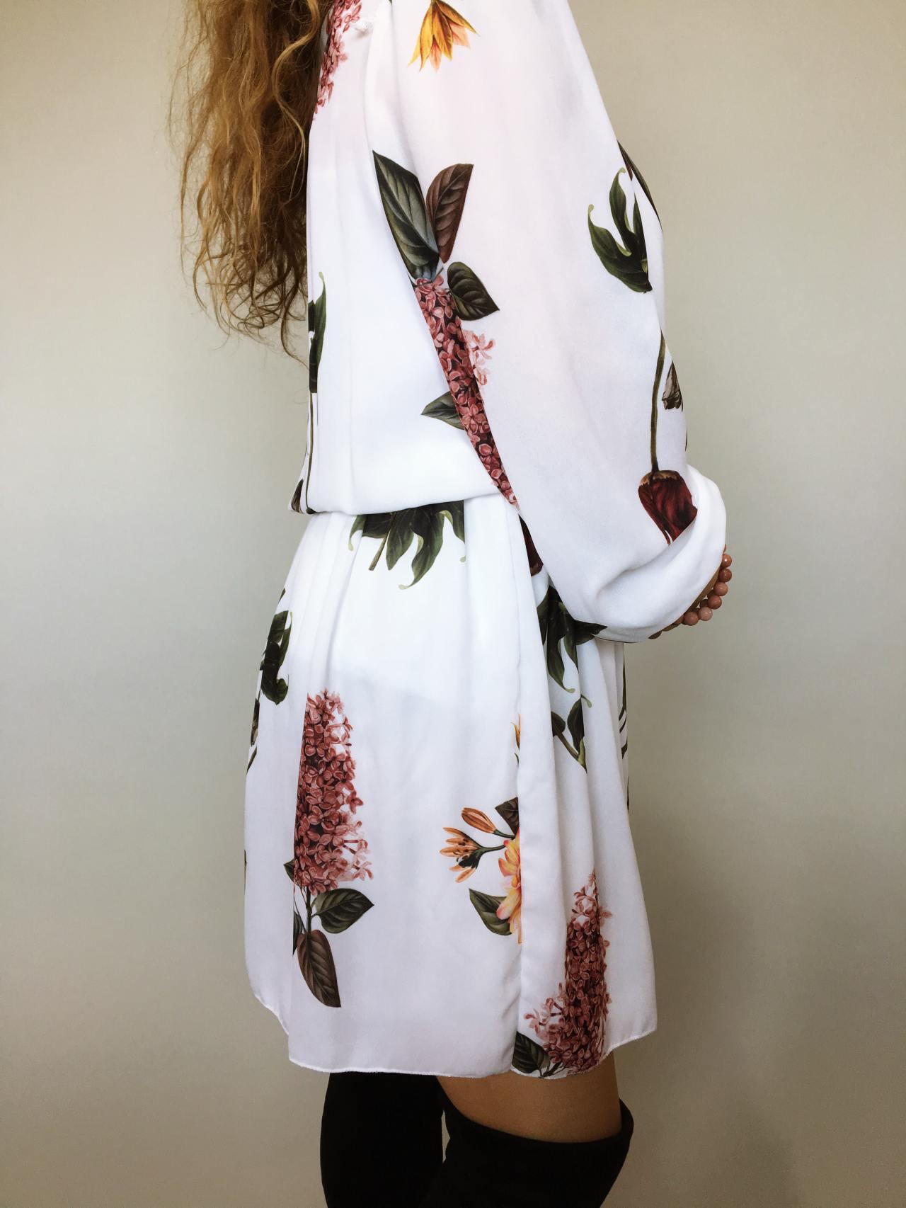 Elegantní šaty s květy 03