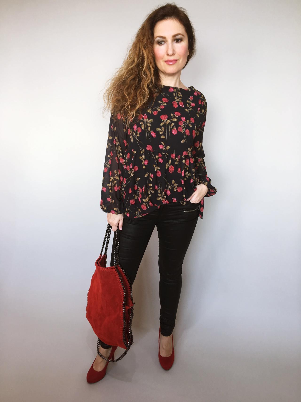 f39cda7f949 Halenka Little Rose – Simm-Fashion.cz