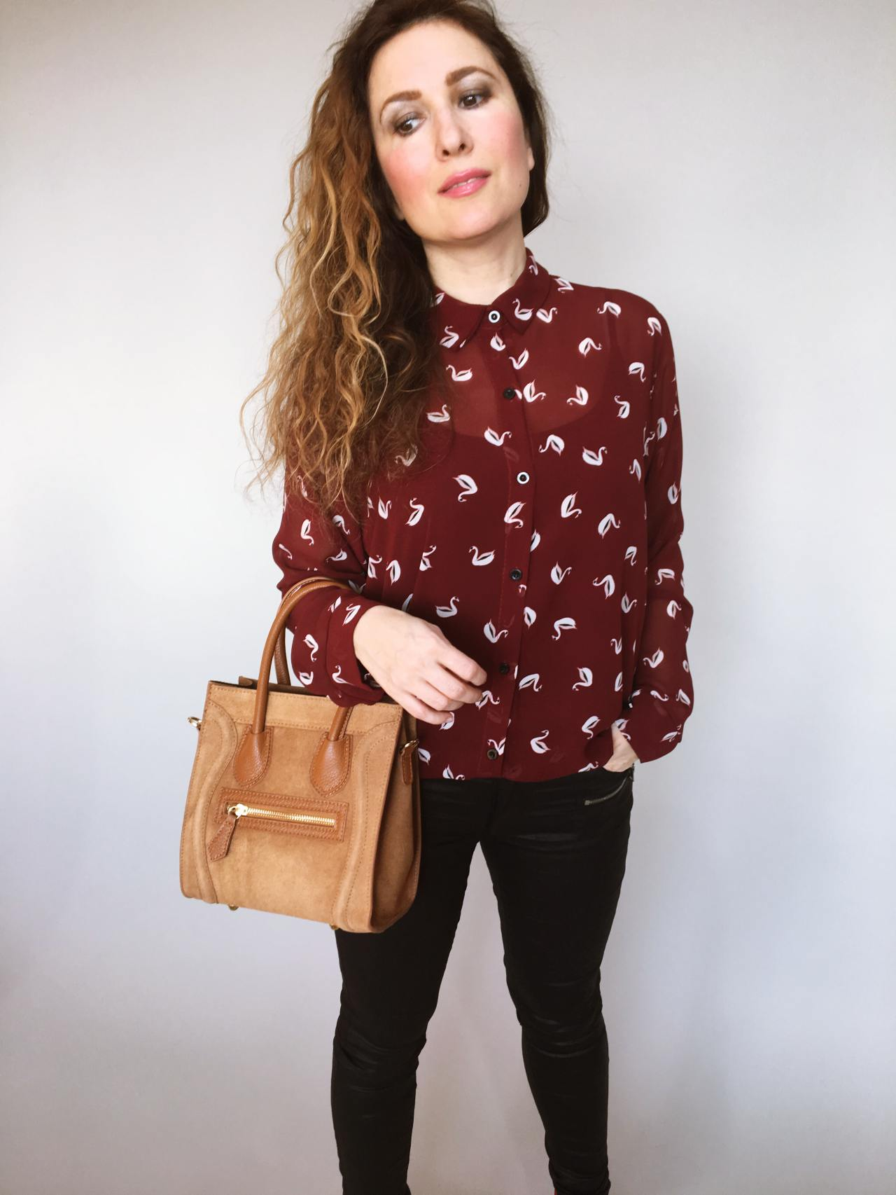 Košile s labuťemi 05