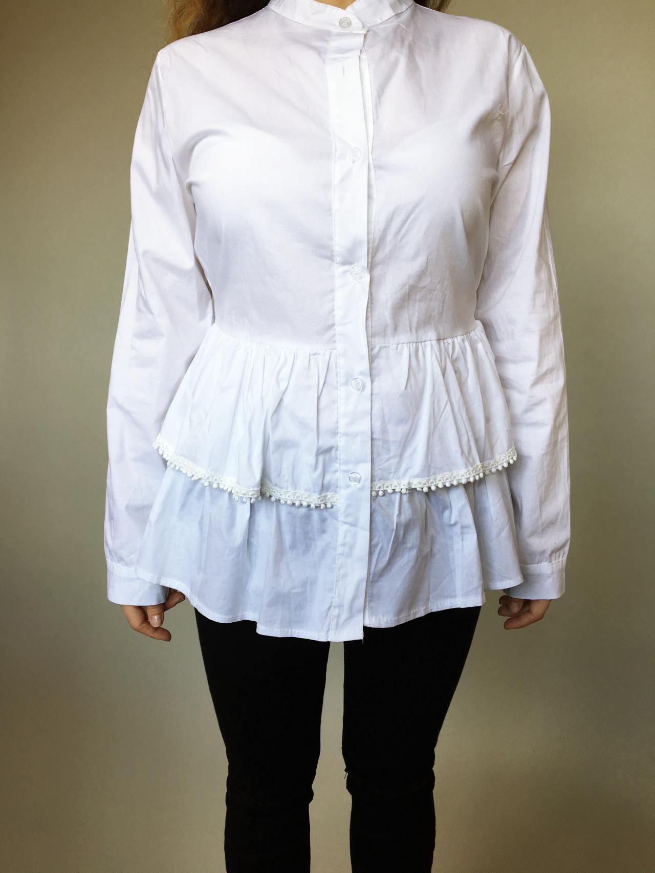 Košile s volánky bílá 02