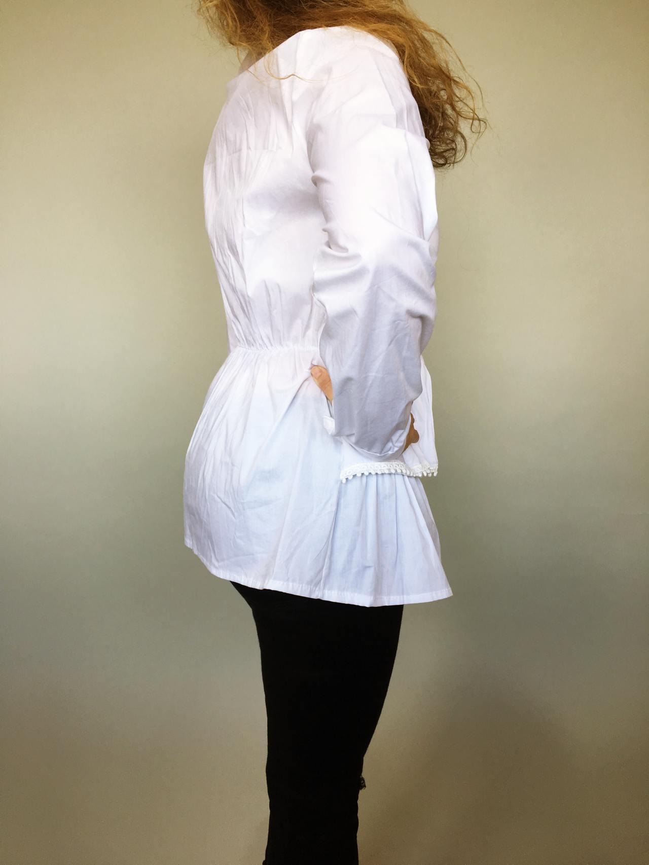 Košile s volánky bílá 04