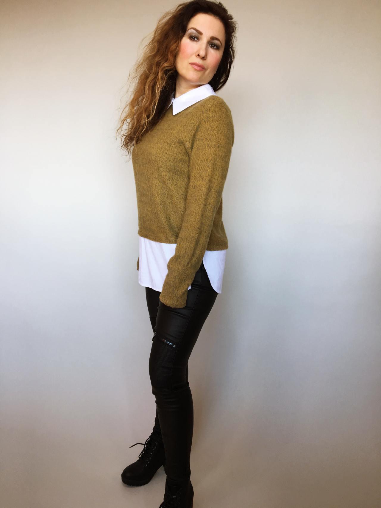 Košilový svetr hořčicový 02