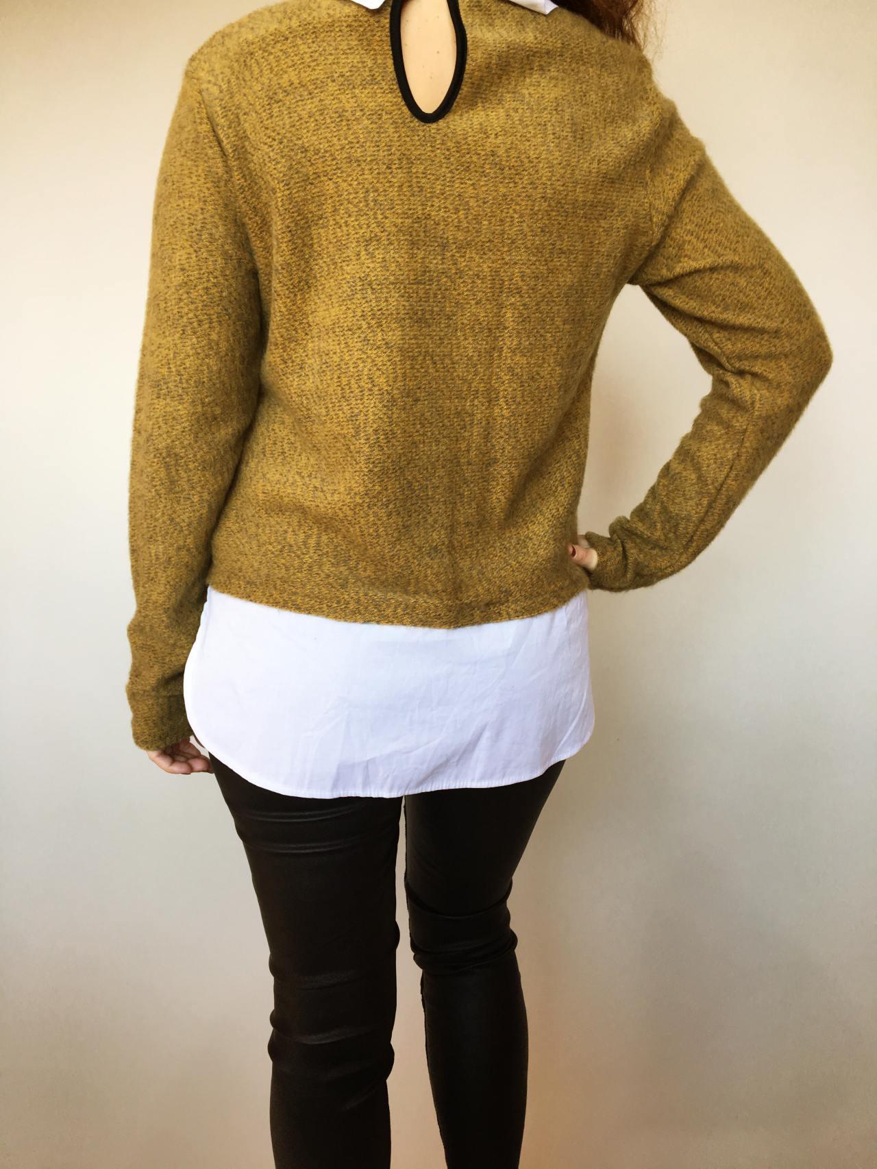 Košilový svetr hořčicový 05