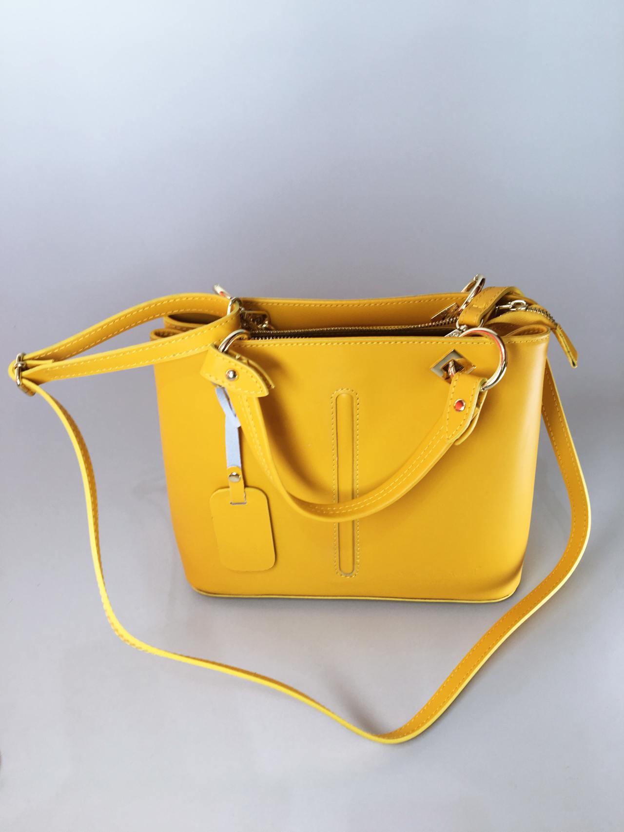 Kožená kabelka Sunny 04