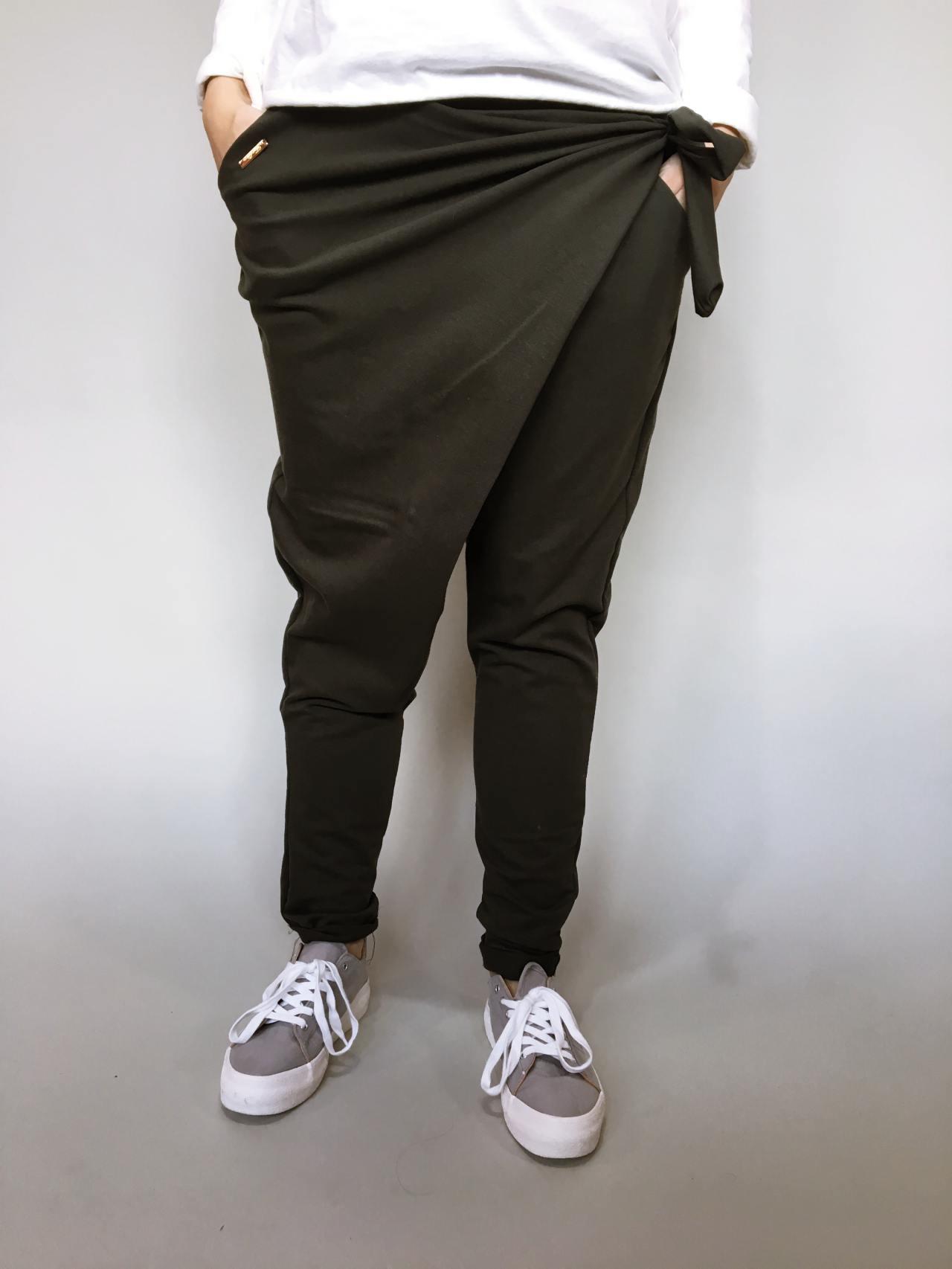 Módní kalhoty khaki 02