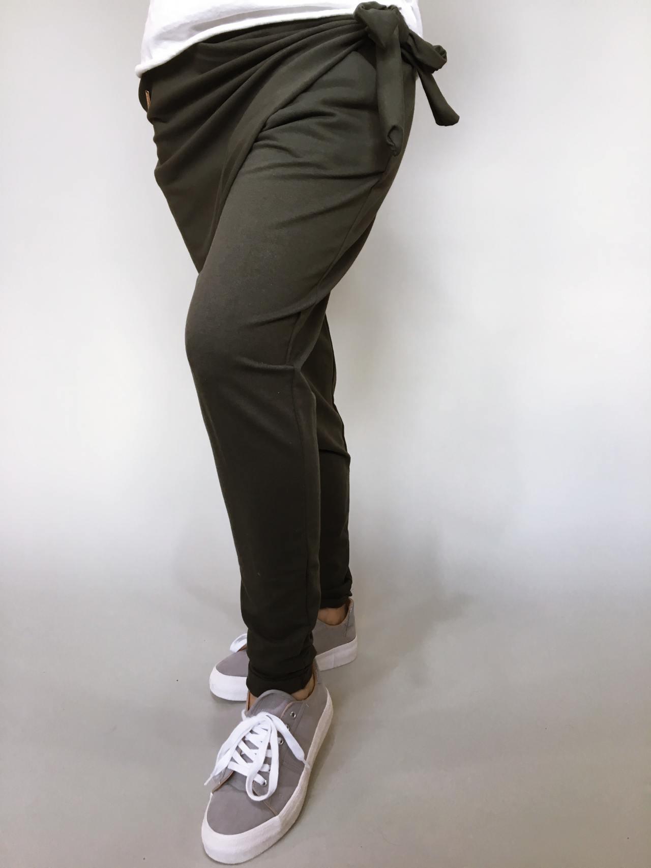 Módní kalhoty khaki 03