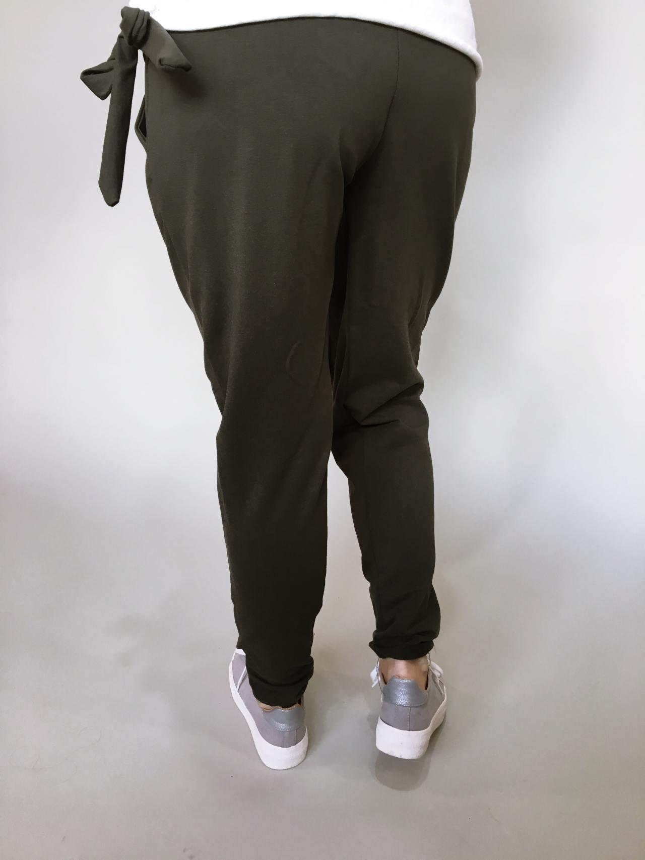 Módní kalhoty khaki 05