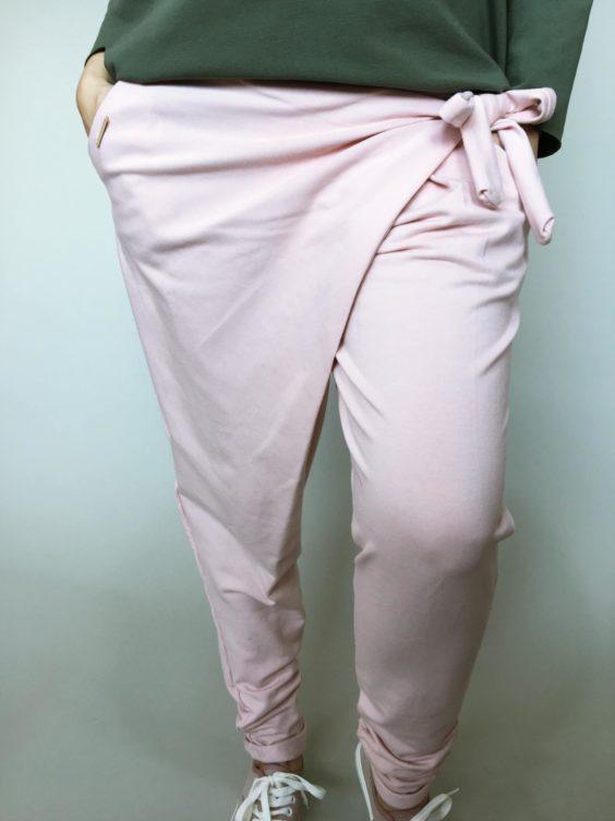 Módní kalhoty pudrové 01