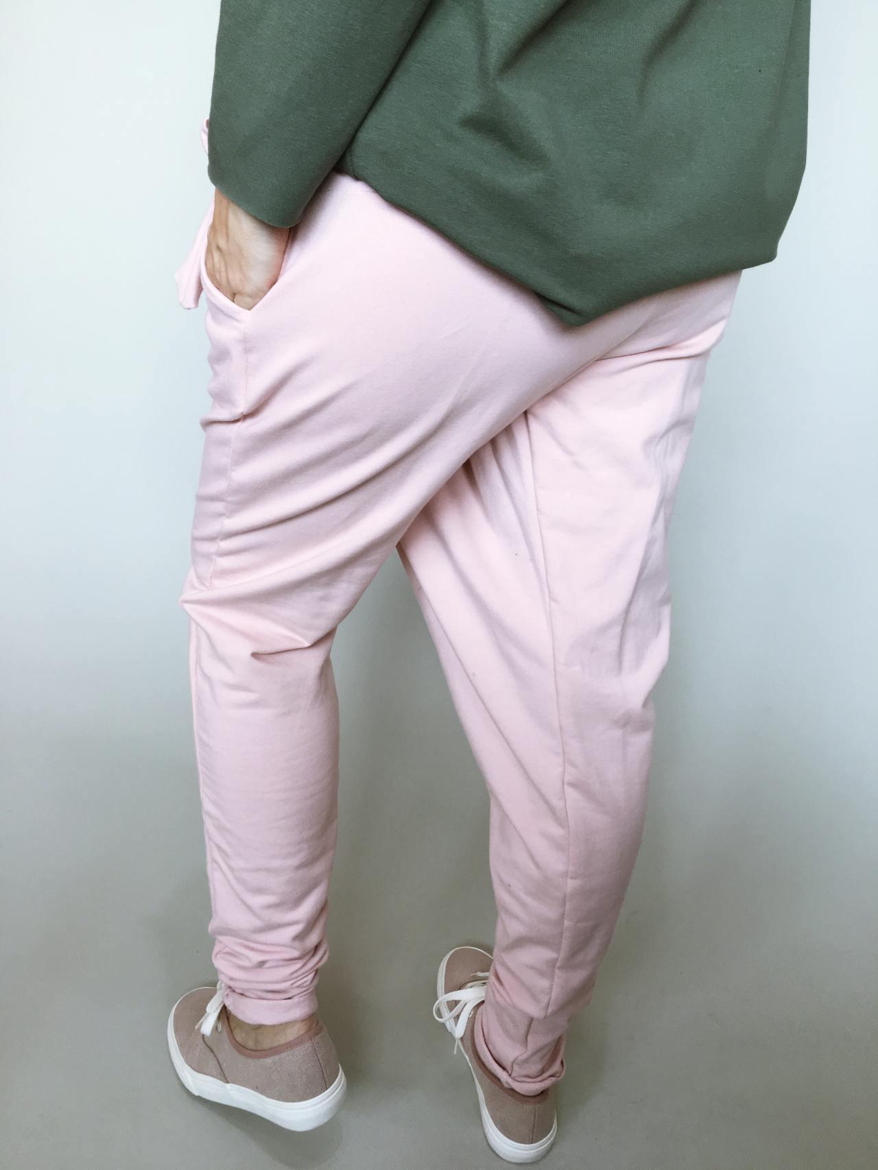 Módní kalhoty pudrové 03