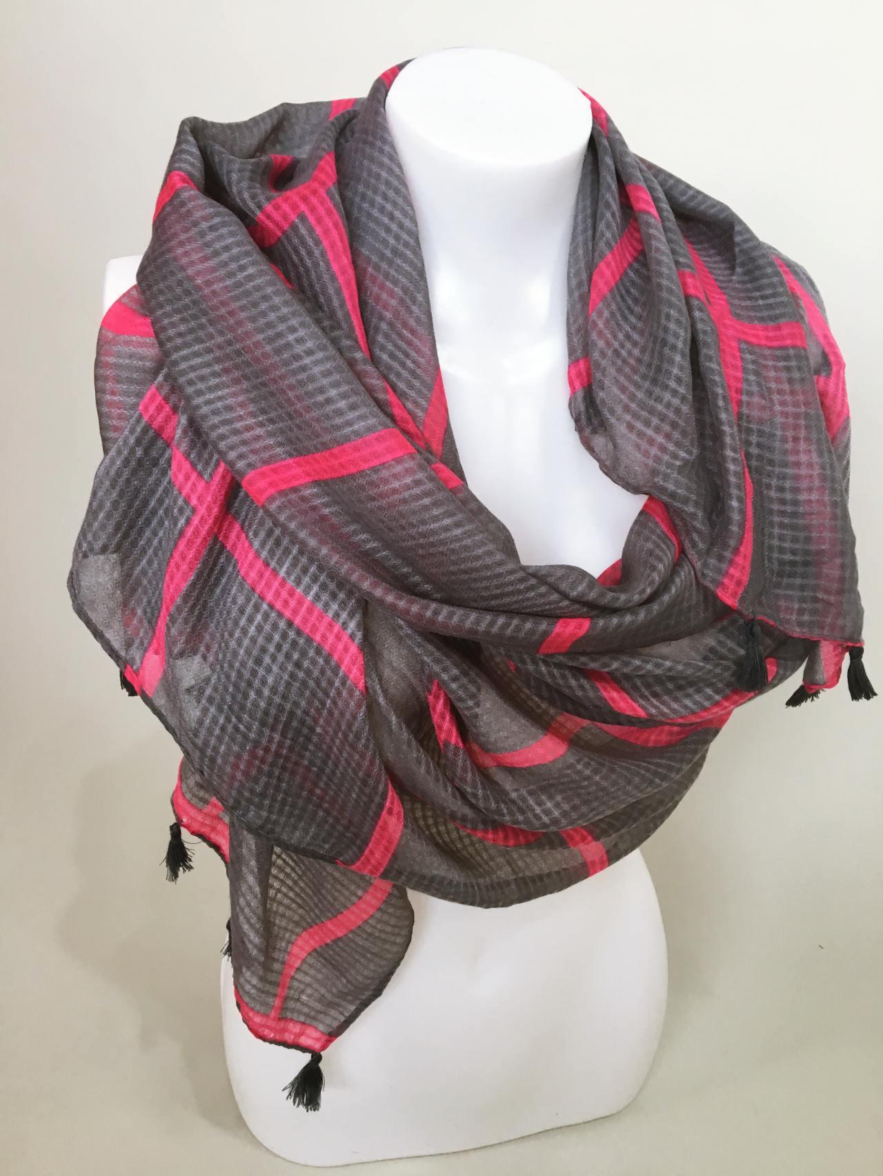 Šátek šedo růžový 04