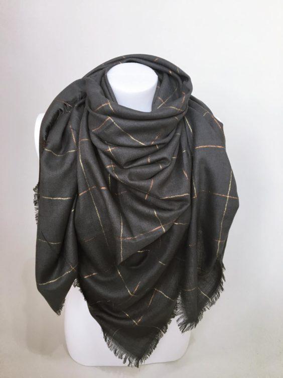 Šátek tmavě šedý 01
