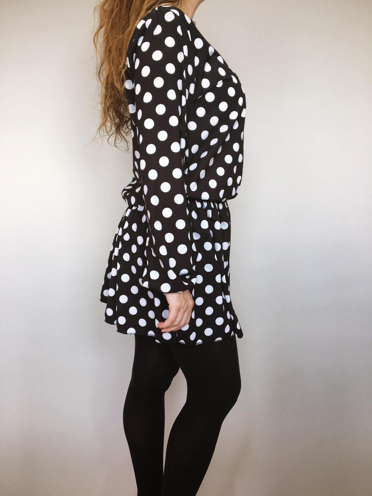 Šaty s puntíky 03