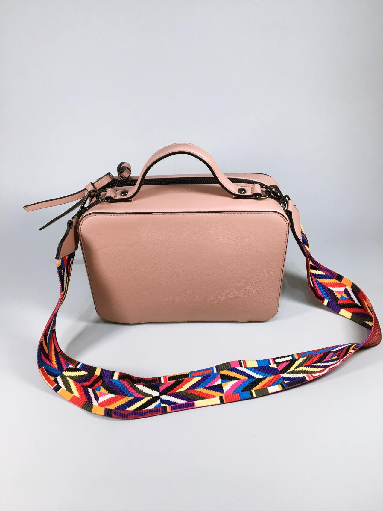 Kožená kabelka Corry pudrová – Simm-Fashion.cz b433553ec4