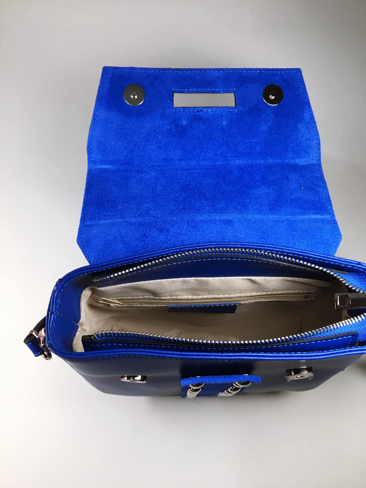 Kožená kabelka Karra modrá 05