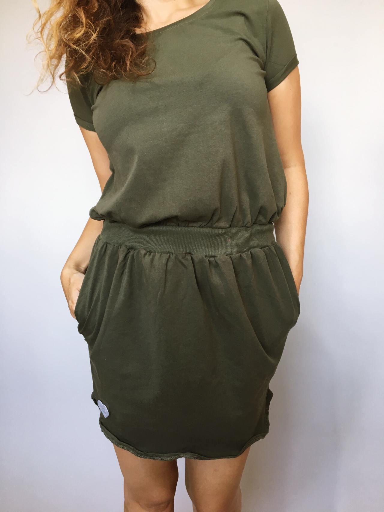 Šaty Carry khaki 02