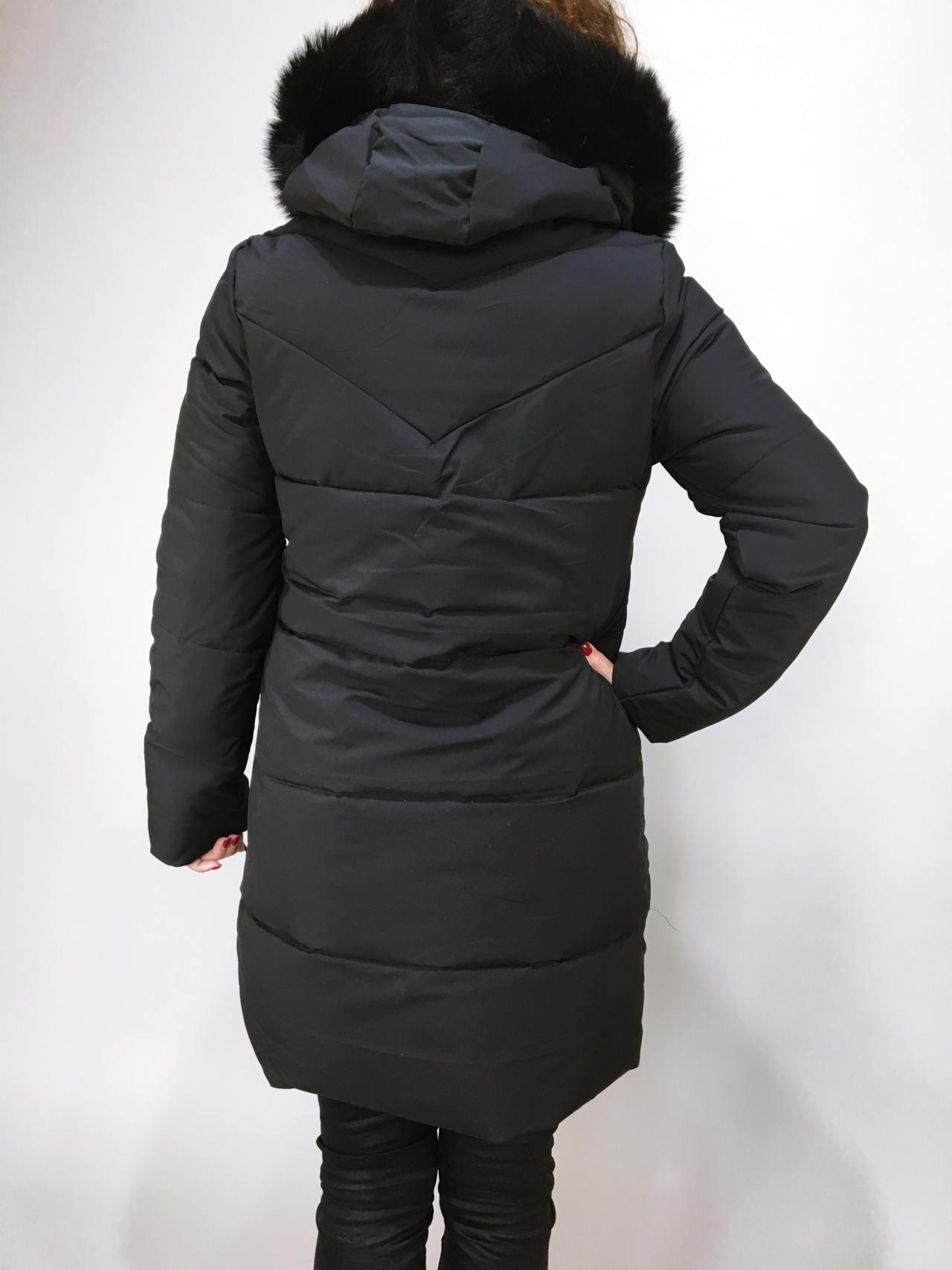 Zimní bunda s kožíškem černá 04