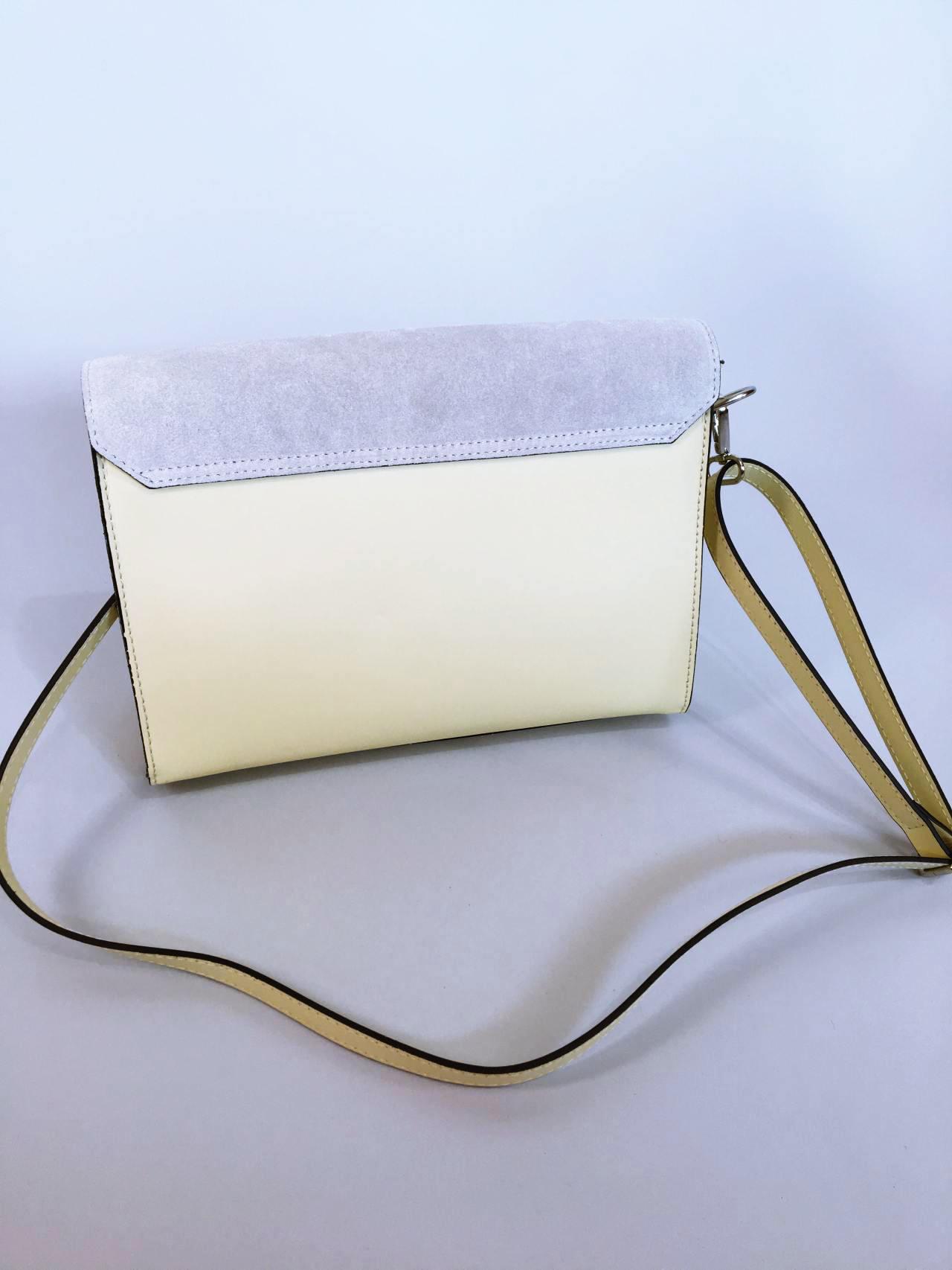 Kožená kabelka Izzy světle žlutá 03