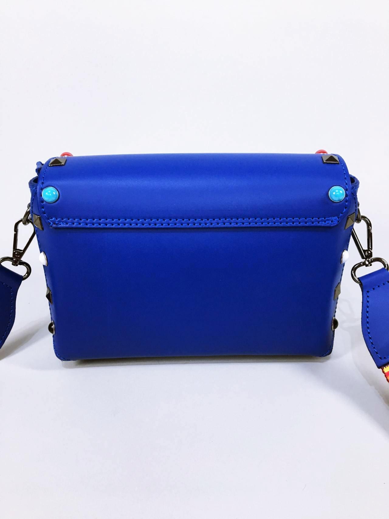 Kožená kabelka Sára modrá 03