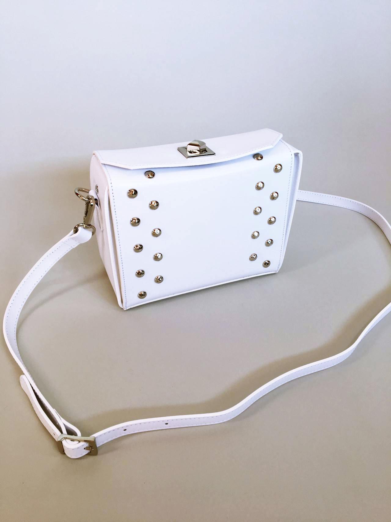 Kožená kabelka White 02