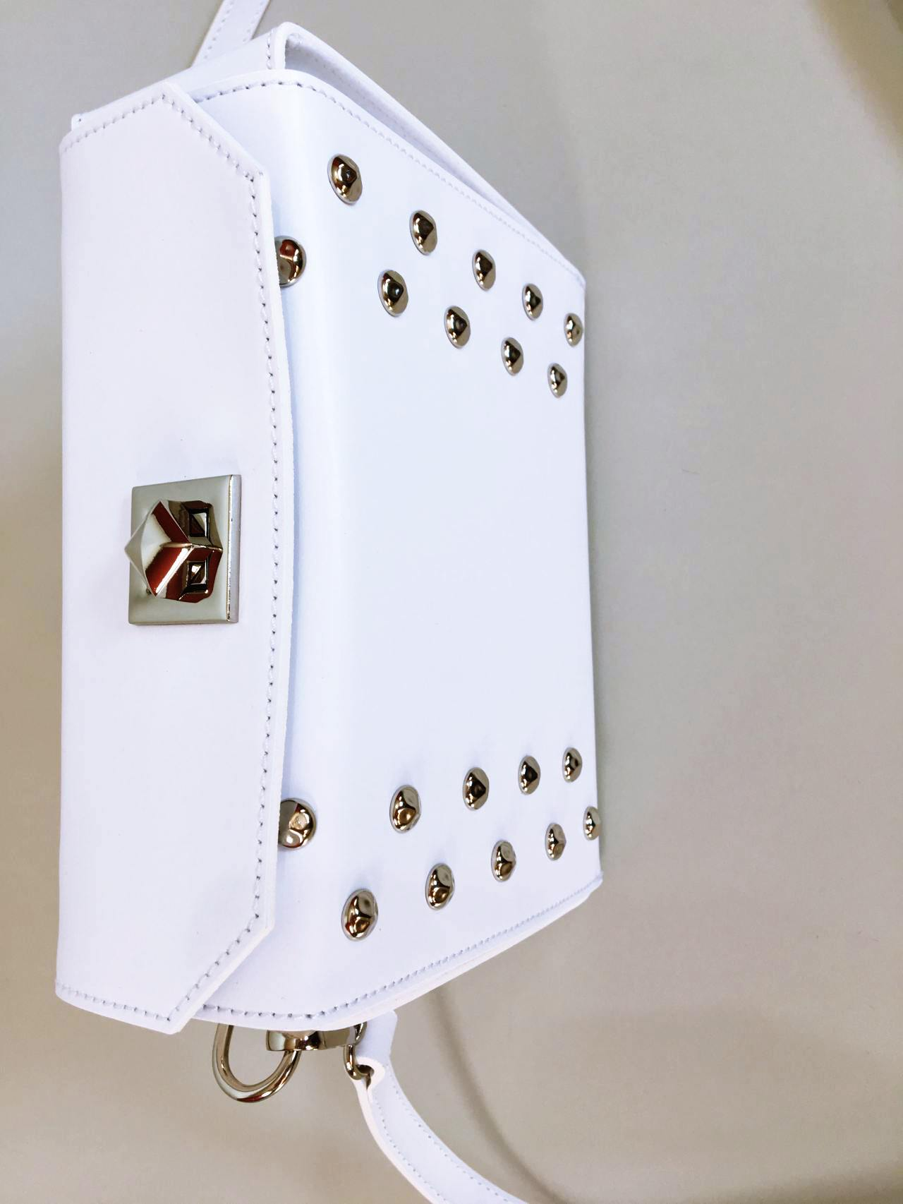 Kožená kabelka White 03