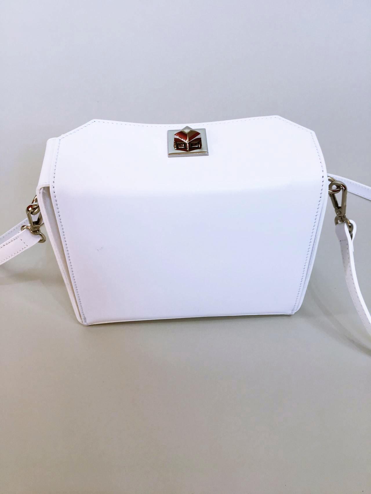 Kožená kabelka White 05