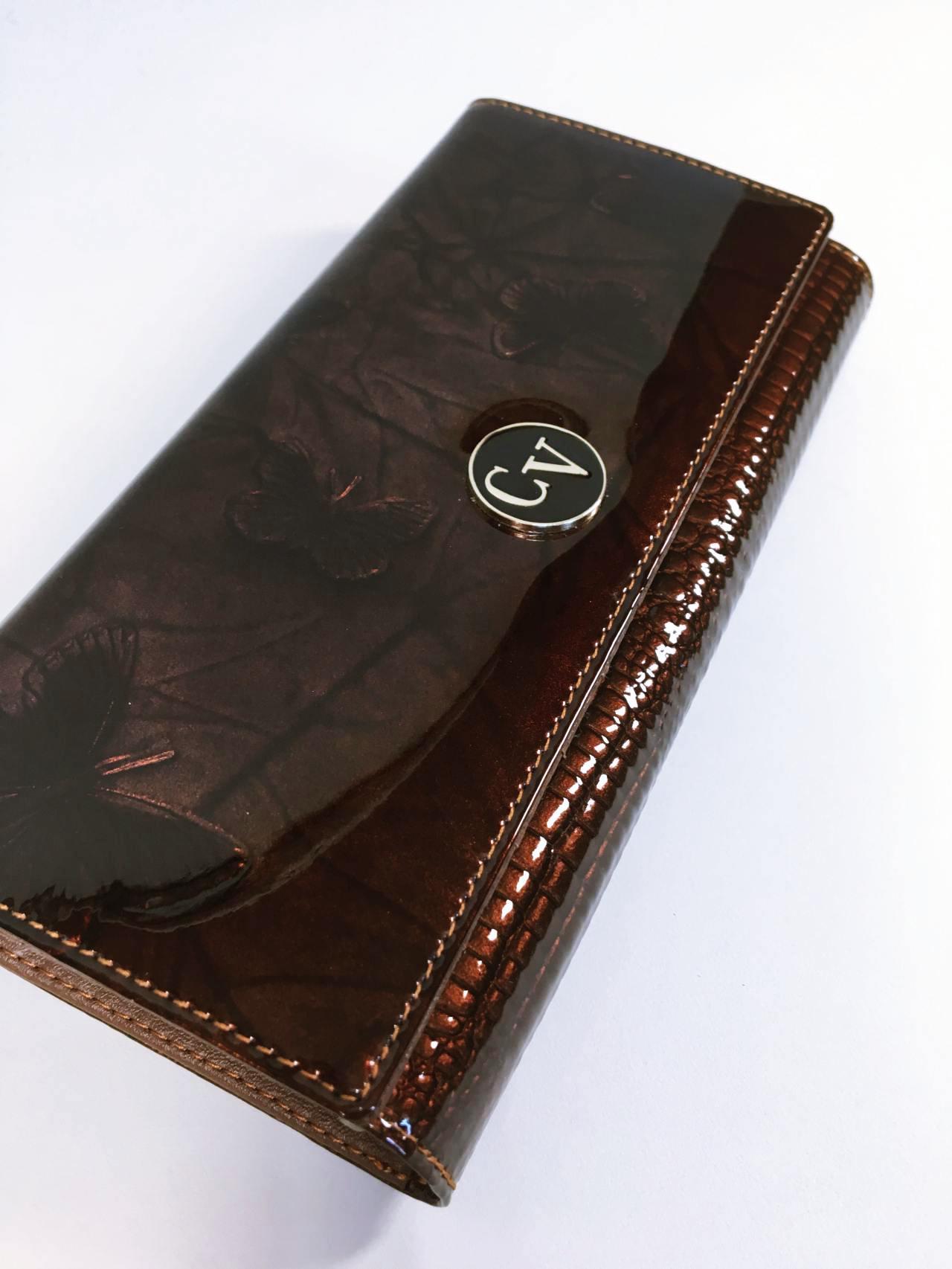 Kožená peněženka Cavaldi tmavě hnědá lesklá 02
