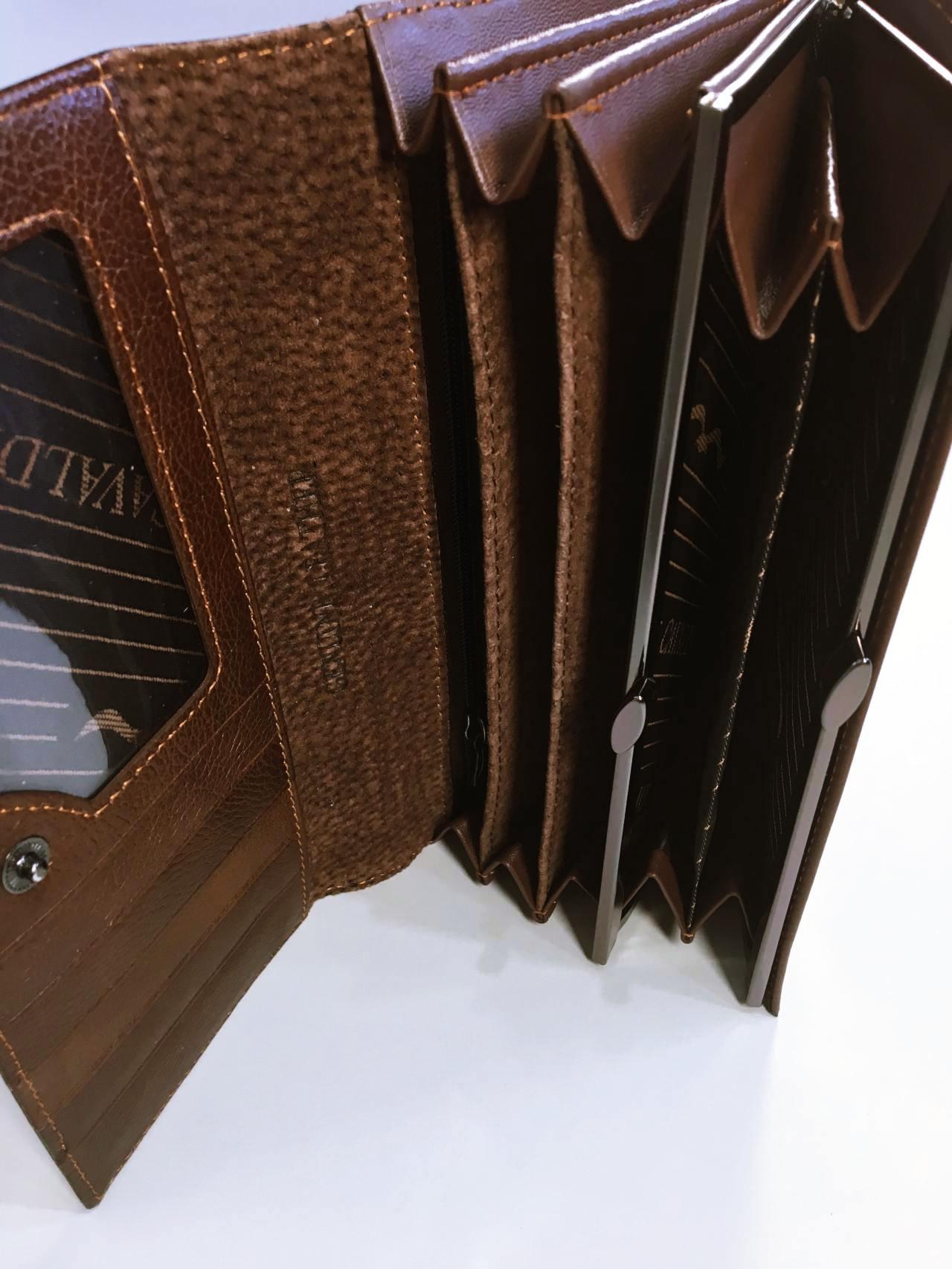 Kožená peněženka Cavaldi tmavě hnědá lesklá 05