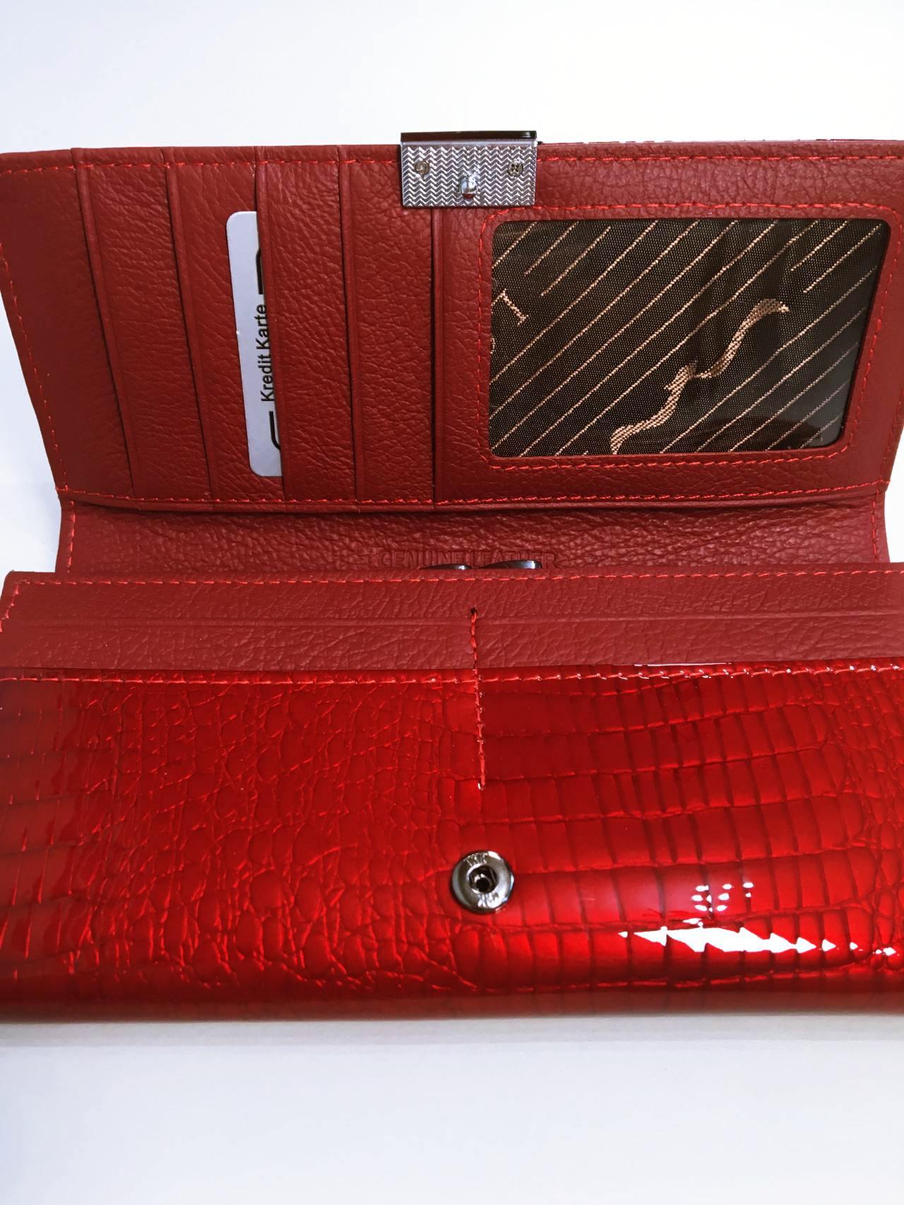 Kožená peněženka Lorenti B tmavě červená lesklá 04