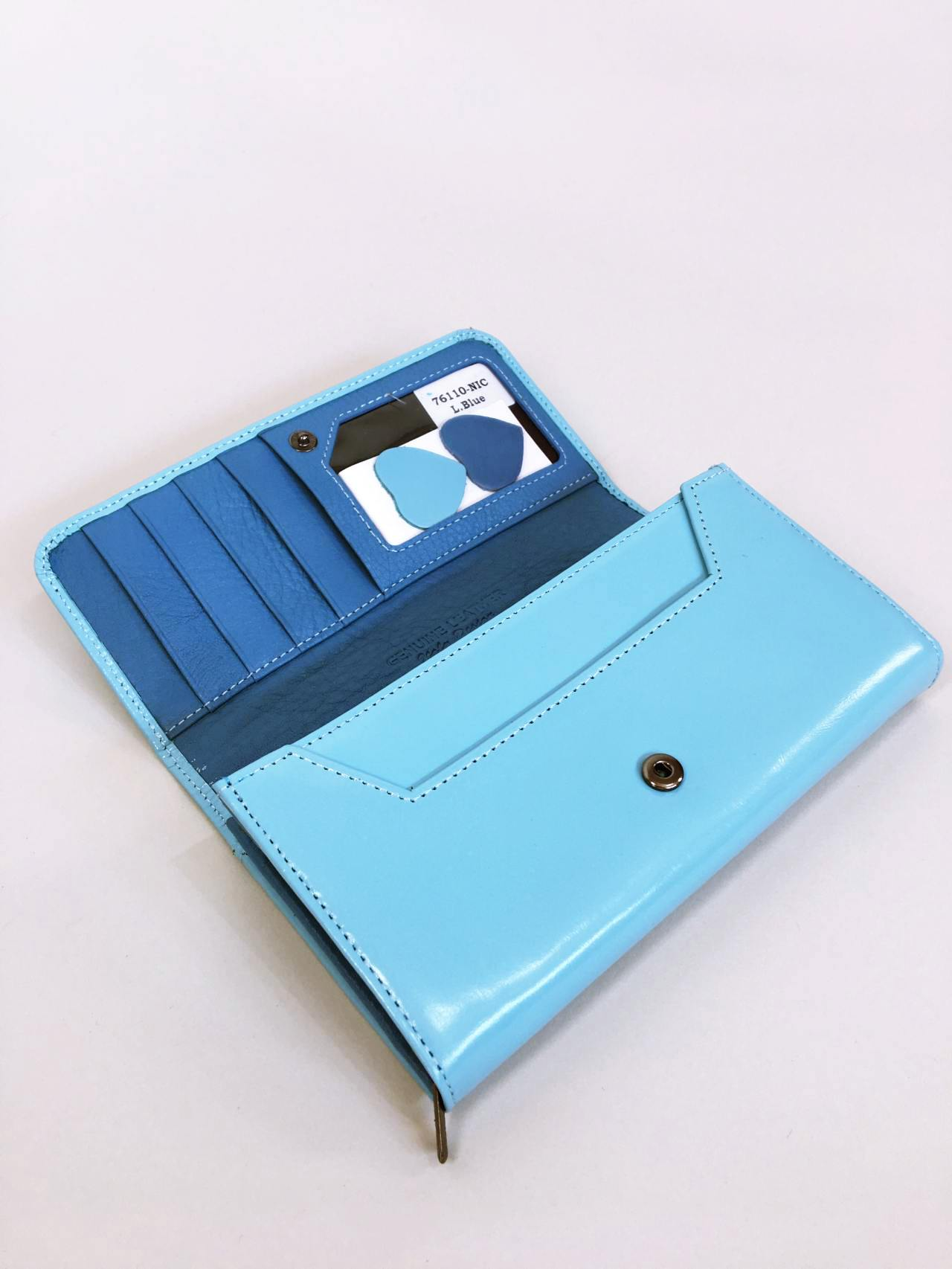 Kožená peněženka Lorenti světle modrá 03