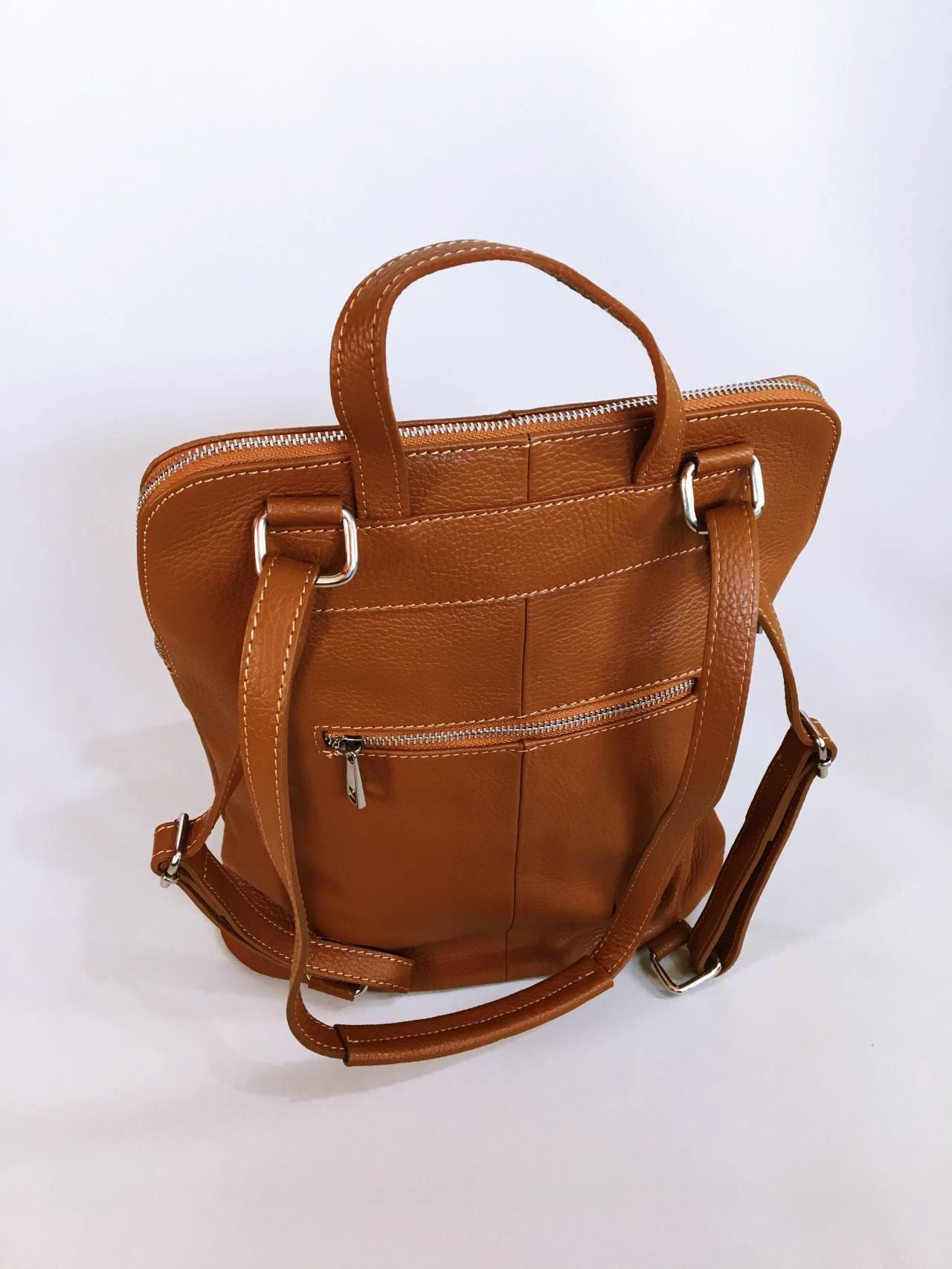 Kožený batoh Corry hnědý 07