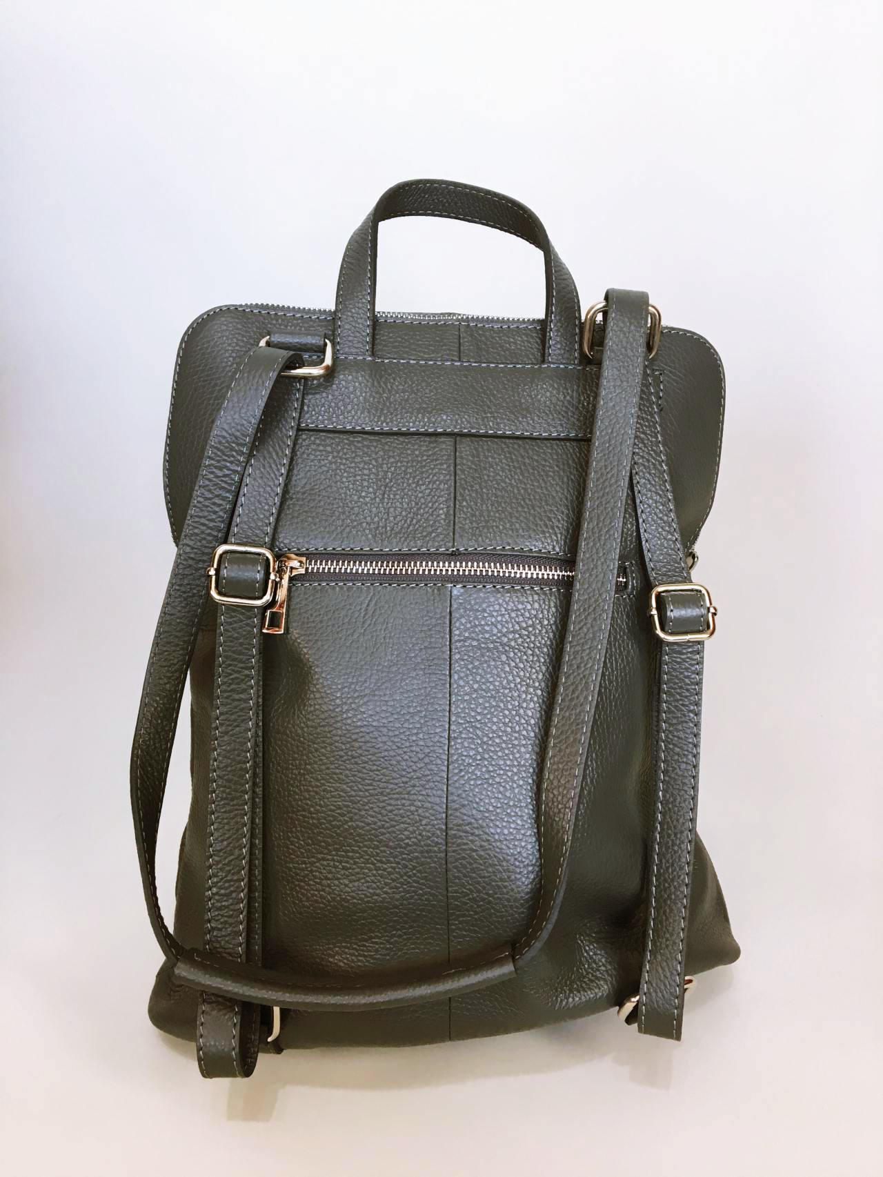Kožený batoh Corry šedý 05