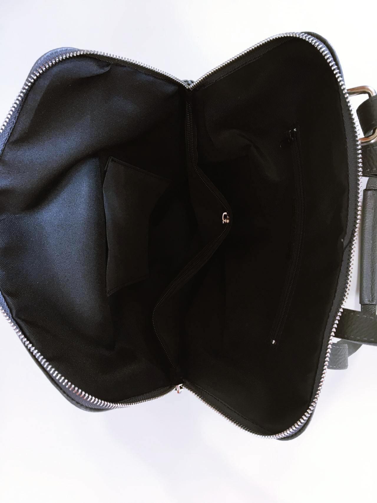 Kožený batoh Corry šedý 06