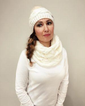 Pletený komplet čepice a nákrčník bílý 01