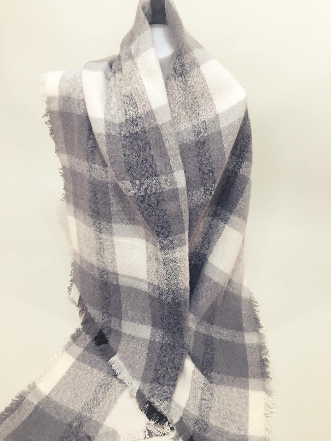 c95a5470cc6 Teplá károvaná šála šedo bílá – Simm-Fashion.cz