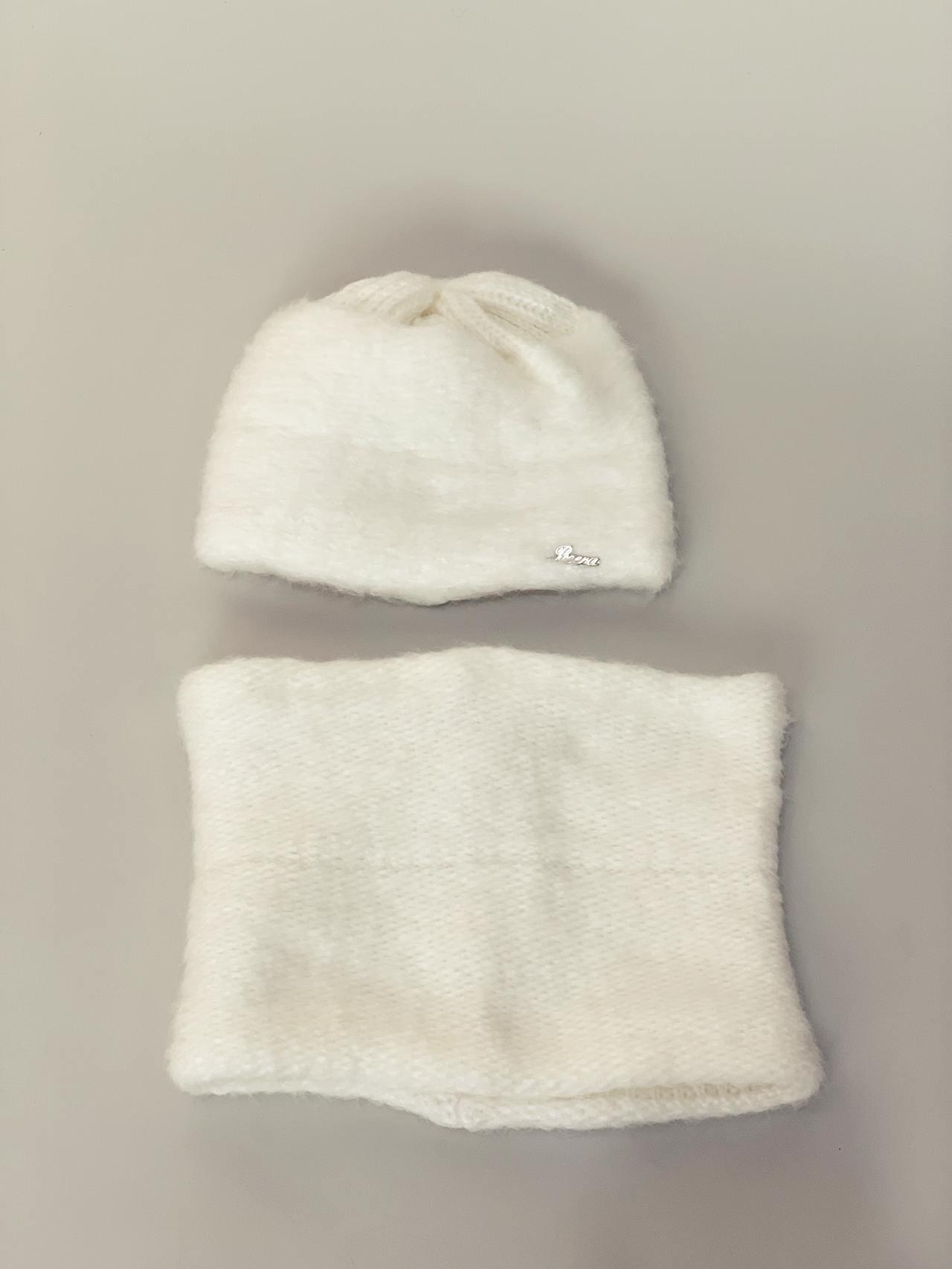 Komplet čepice a nákrčník bílý -03