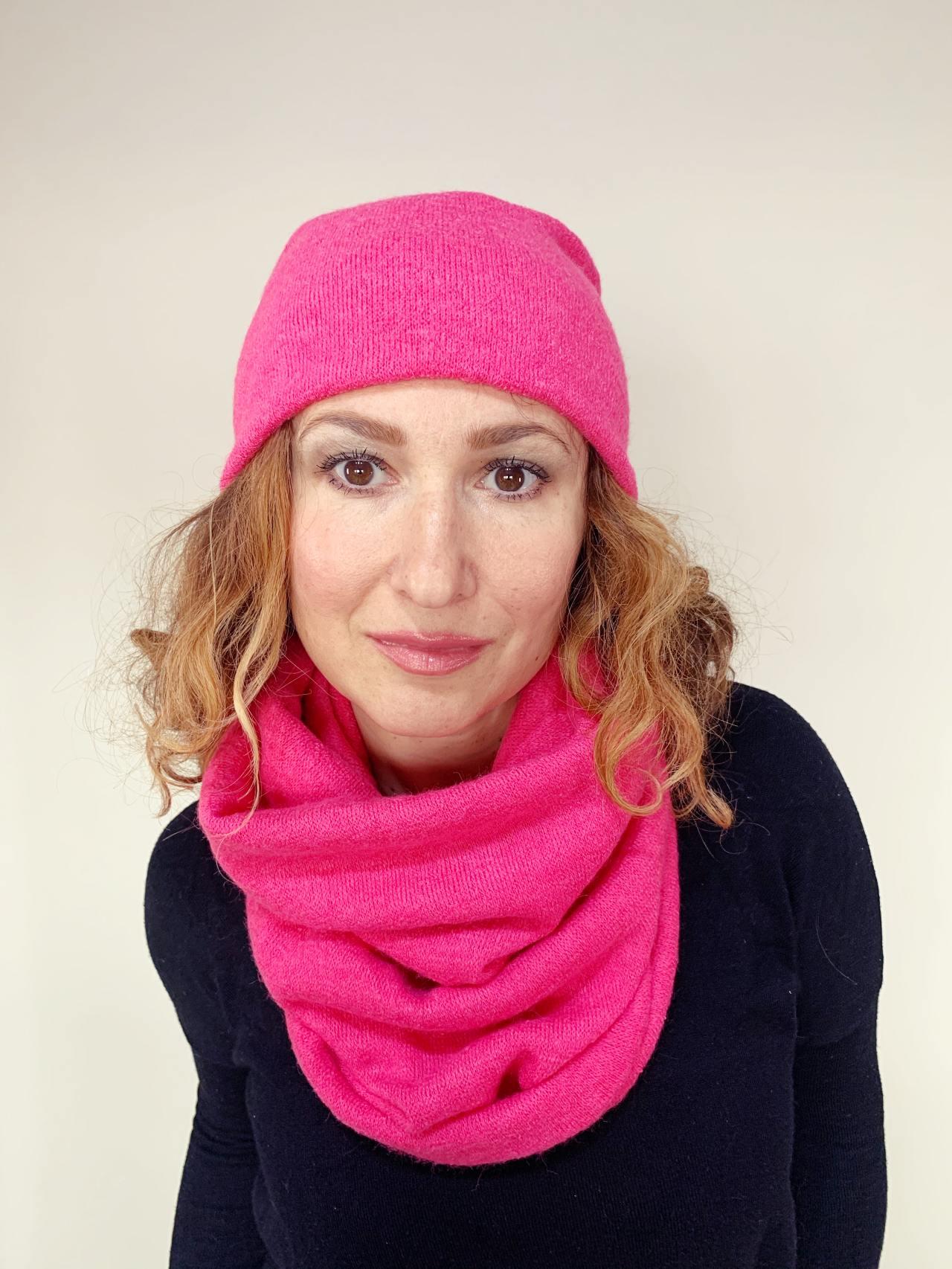 Komplet čepice a nákrčník pink -01