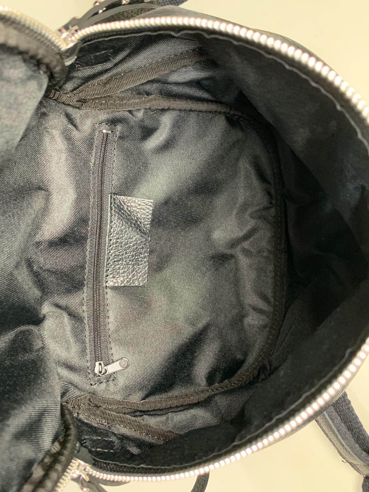 Kožená kabelka Jenny černá -04